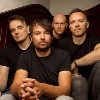 Disolving Your Fears with THE PINEAPPLE THIEF