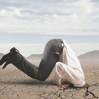 Clima: la testa sotto  la sabbia non è la soluzione