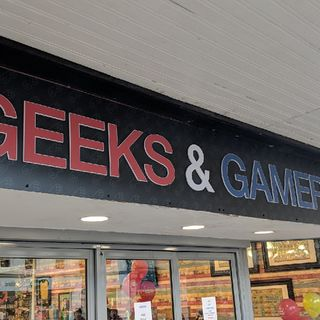 Live From Opening Of Geeks And Gamers