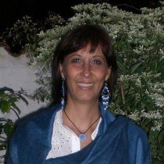 Ariadna Flores Vitelli