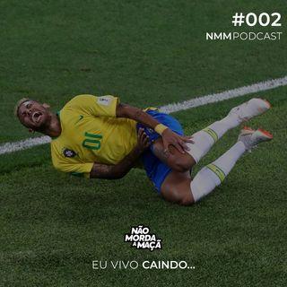 #002 - Eu vivo caindo...