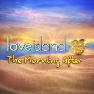 E34 - That's Why They Call It Love Island (with Vick Hope, Callum, Molly, Natalia and Jamie)