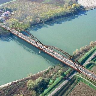 Senza il tratto golenale Il ponte sarebbe isola o penisola