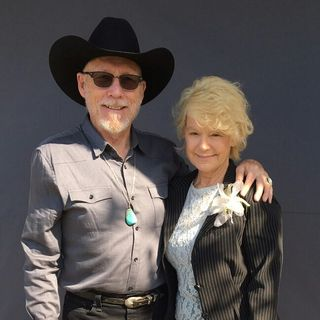 Artist Chuck Caplinger and Actress Holgie Forrester on Big Blend Radio