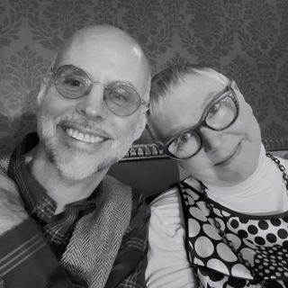 Episode 117: The Box Has Meaning (Karen Trivette and Geof Huth)