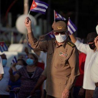Expresidente de Cuba, Raúl Castro, participó en una manifestación en La Habana