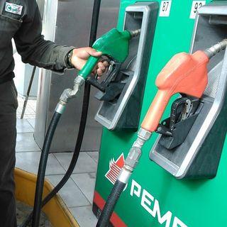 El precio de la gasolina aumento, debido a la recuperación del precio del crudo