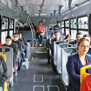 El Aventón Riesgos de contraer COVID-19 en el transporte público