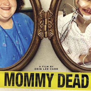 MOMMY DEAD AND DEAREST-Erin Lee Carr