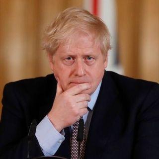 Il discorso di Boris Johnson, le nuove restrizioni in UK contro il covid-19