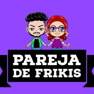 Pareja De Frikis