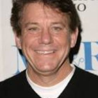 Anson Williams, Potsie, from Happy Days is in the Chair Tonight