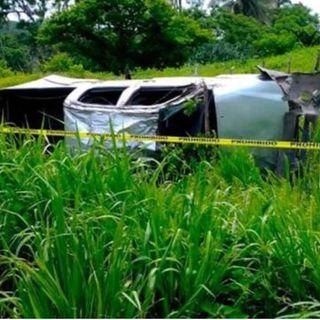 Volcadura de una camioneta en Veracruz, deja un muerto y nueve heridos
