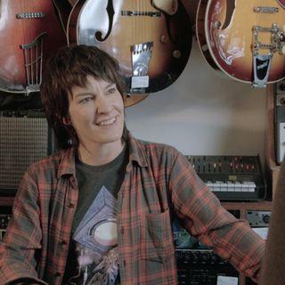 Gender Reversed Guitar Shopping - Laura Imbruglia Interview
