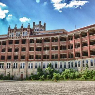 Ep 7 - Waverly Hills Sanatorium