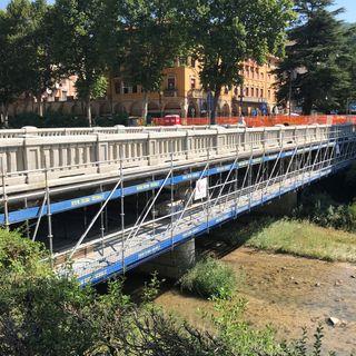 Work in progress sul Ponte della Libertà. Il restauro avanza, ora i lavori antisismici