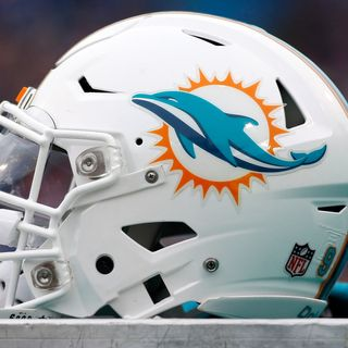 DT Daily 5/21: Uniform Talk/Rumors, Gase Talk, Dolphins Roster Moves