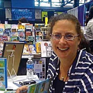 Author Karen Romano Young talks #TRYTHISEXTREME on #ConversationsLIVE