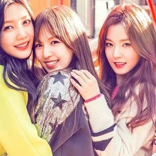 Red Velvet Group Shout E.5 The Serenity Show