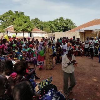 #1 Cartoline da Bissau - Una grande festa