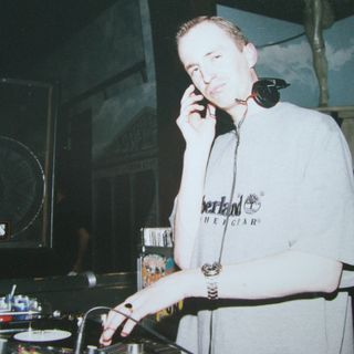 Mark Devlin at Stadt Palais, Monchengladbach, Germany, 25/2/00