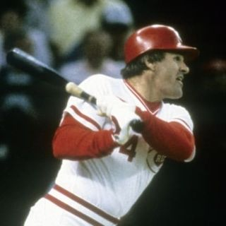 Should Pete Rose Be In The Hall Of Fame