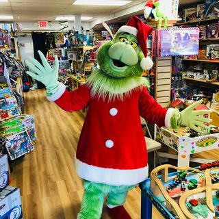 The Grinch, Toys, and Bethany Beach