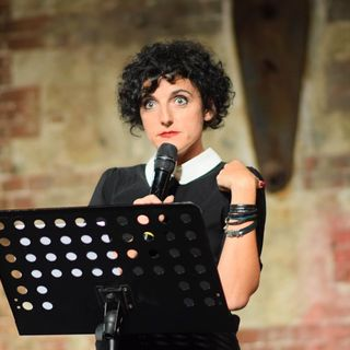 Gli adulti non esistono - Intervista a Enrica Tesio
