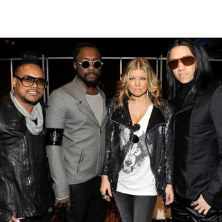 047 MIXEDisBetter - The Black Eyed Peas (Here is the Love)