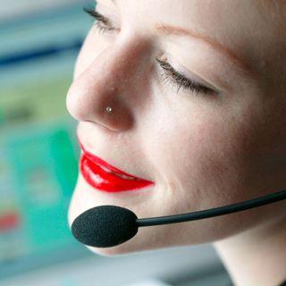 Moment, das wird Sie interessieren – Telefonhotline-Elend