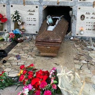 Furto sacrilego al cimitero di Marola: profanate le tombe per rubare gli ori dei defunti