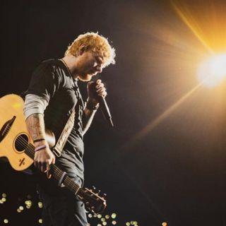 Ed Sheeran dona 10 mila sterline a un ospedale per l'acquisto di strumenti musicali