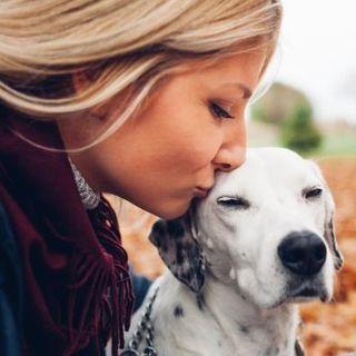 Gli animali domestici possono colmare la solitudine?