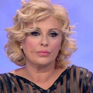 Tina Cipollari a RED ZONE by Radiochat.it conduce: Alex Achille