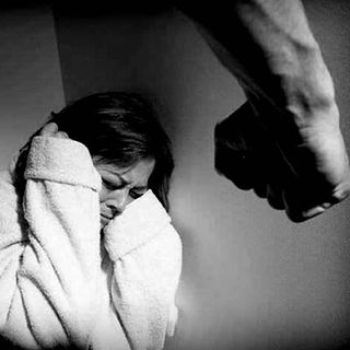 Personas maltratadas y con adicciones son las que más sufren durante el aislamiento