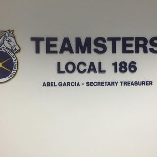 """Teamsters Local 186 Christmas Special """"The What's Goin' On Show"""" w/Host Jedediah Johnson"""