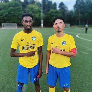 Fotbollsmatch mellan Vivalla SK och BK Ett Fyra