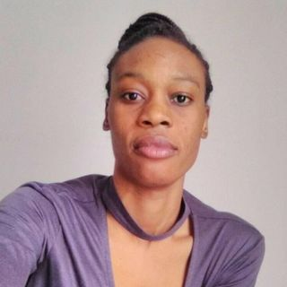 Fatima, licenziata per il colore della pelle: Per me non esiste né bianco né nero