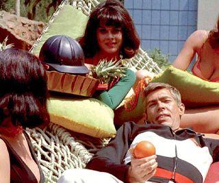 Ep #14 - Bootleg Bond in the 60s - Derek Flint and Matt Helm
