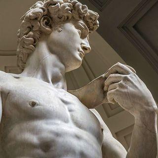 Il David di Michelangelo: un capolavoro di marmo, quasi umano