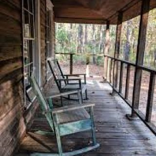 Episode 9 Rocking Chairs / Horse Shoes