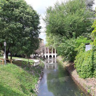 """Riaprono """"full time"""" i parchi del capoluogo. Cancelli aperti al Querini e ai Giardini Salvi"""