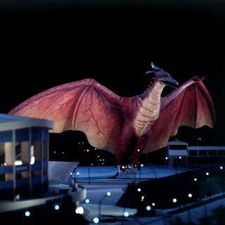 Godzilla spiegato #5 - Chi è Rodan? Storia, Poteri e Versioni (con ParliamoNerd)