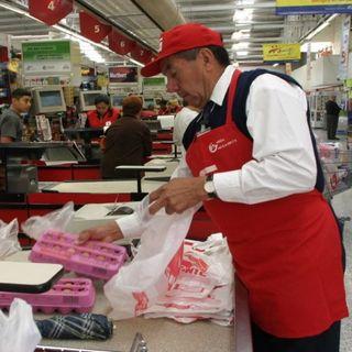 La ANTAD ofreció reincorporar a los adultos mayores como empacadores