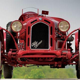 043 Storia d'amore e motori: Alfa Romeo - di Silvia Floris