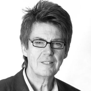 S1EP1 SOS The Arts Podcast where Nancy interviews Mike Read, Radio & TV Presenter