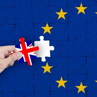 Programme 319- One Day till Brexit?