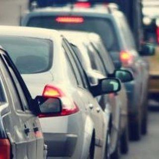 Traffico in tilt in zona campus a Schio, il sindaco lancia un appello ai genitori