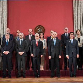 Se oficializa cambio de gabinete presidencial en Chile