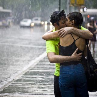 Il mondo si fa bello -  Dieci posti per l'amore